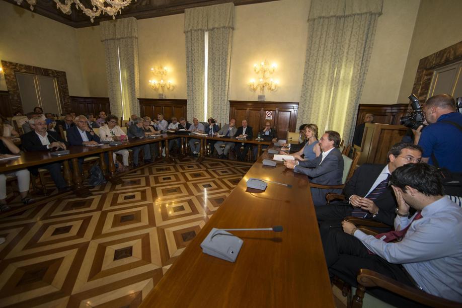 Pubblica amministrazione, Madia: addio al posto fisso e agli incentivi automatici